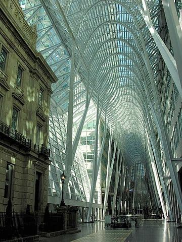 Brookfield Place by Ansgar Walk / CC BY-SA (https://creativecommons.org/licenses/by-sa/3.0)