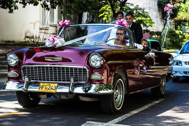 Cuban Marriage by https://www.flickr.com/photos/toffiundkamera/