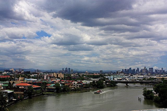 Pasig River, Manila by Bar Fabella
