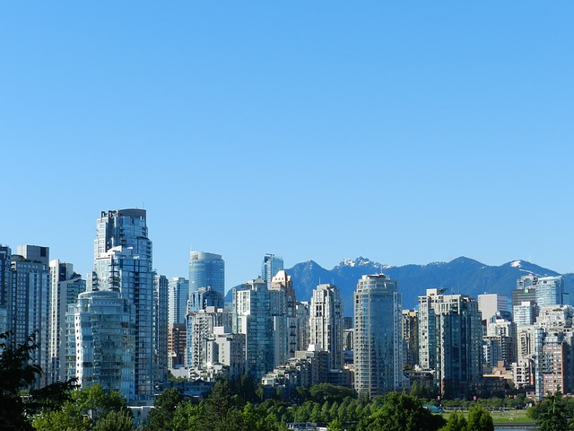 Vancouver via https://pixabay.com/photos/vancouver-british-columbia-canada-216595/