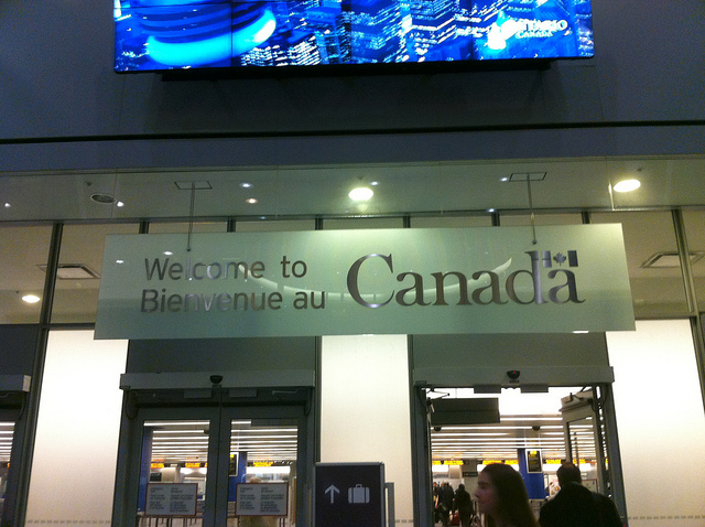 Welcome to Canada by https://www.flickr.com/photos/cohencanada/