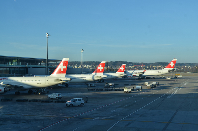 Zurich Airport by https://www.flickr.com/photos/eguidetravel/