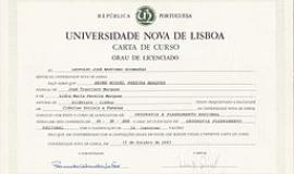 Diploma By Bmpm (Own work) [Public domain], via Wikimedia Commons