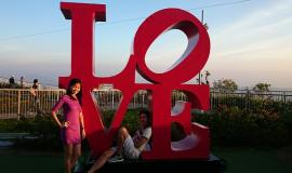 Love in the Philippines from https://pixabay.com/en/philippines-friends-vacation-love-966544/