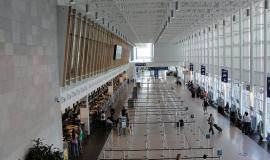 Jean-Lesage International Airport in Quebec City by Rene Belanger [Public Domain see https://www.flickr.com/photos/130540836@N04/16344154728/]